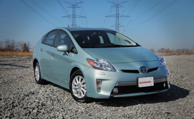 Toyota Releases 2013 Prius Plug-in MPG Trial
