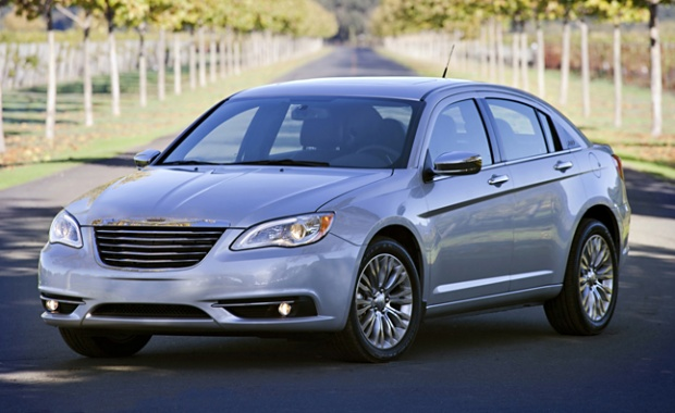 2015 Chrysler 200 to Guide Automaker's Return