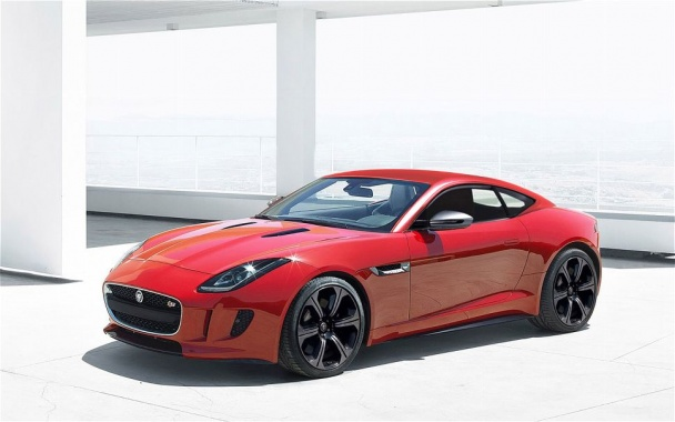 Jaguar F-Type Coupe Aims to Debut at LA Auto Show