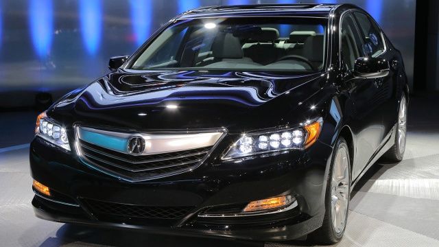 Recall of Acura RLX 2014 Due to Shaky Bolts