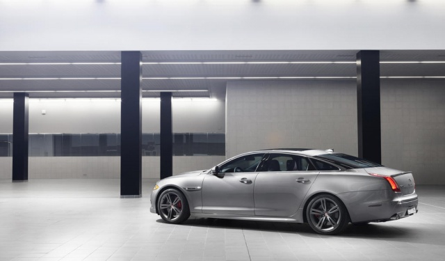 Jaguar Ready to Face Competition with Its Coupe Endeavour