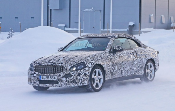 2016 C-Class Convertible from Mercedes Caught in the Snow