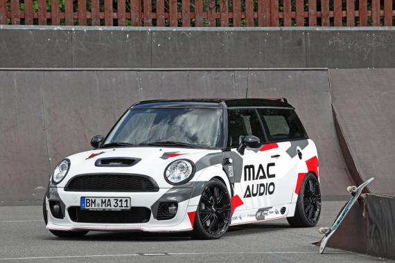 MINI Clubman S was transformed into a Boombox on Wheels