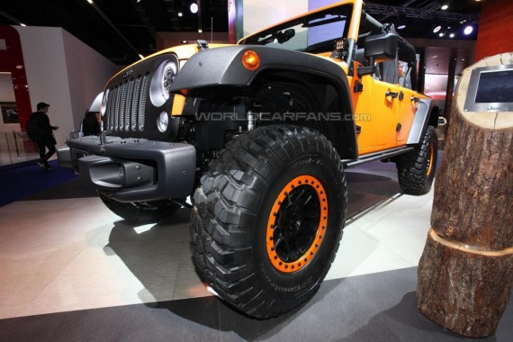 Wrangler Rubicon Sunriser and Cherokee KrawLer concepts from Jeep