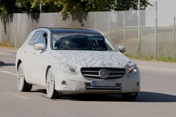 2017 E-Class Estate from Mercedes spied being tested