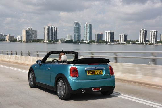 US Debuts of MINI Clubman and Convertible