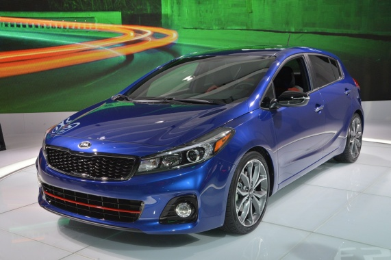 Tech and Design Update for 2017 Kia Forte