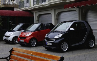 Older Smart Fortwo Models Fall Under Investigation: Fire Risk
