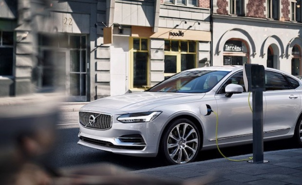 Volvo's First EV Targets Bolt-Beating Range