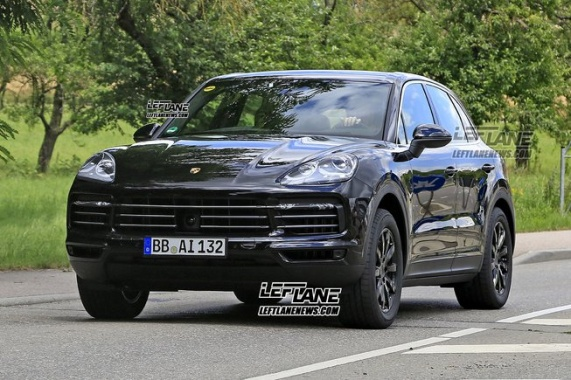 Paparazzi Spied 2018 Porsche Cayenne With Almost No Covering