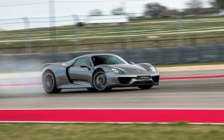 Porsche will repair one-third of all of 918 Spyder models