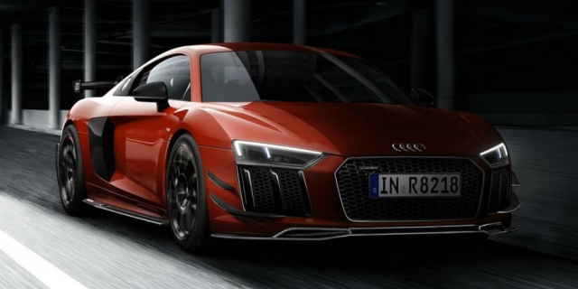 Audi R8 slightly improved