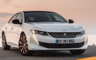 Peugeot 508 will make all-wheel-drive hybrid