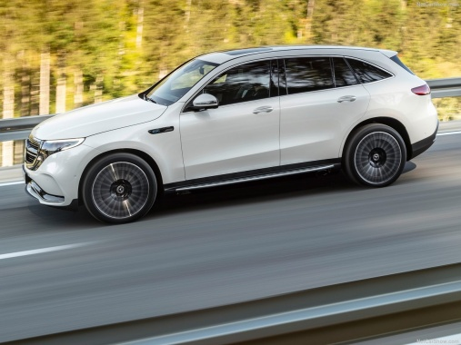 Mercedes-Benz EQC debuted in Stockholm