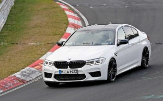 BMW M5 CS on tests