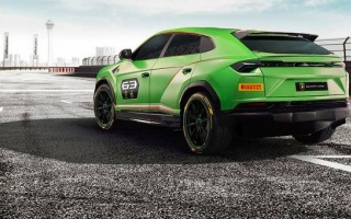 Lamborghini Urus SUV prepared for racing