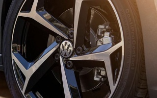 Volkswagen Announces Newest Passat