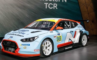 Hyundai Veloster Racing Presented