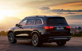 New Mercedes-Benz GLS officially introduce