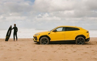 Lamborghini Urus shows on video what he can do on off-road roads