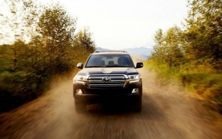 A New Toyota Land Cruiser has lost a V8 Engine