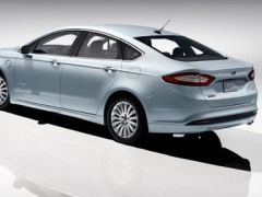 Ford Fusion Energi Gains 5-Star Safety Rate pic #276