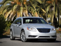 Four Stars for Safety from NHTSA to Chrysler 200 of 2014 pic #2845
