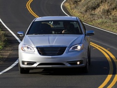 Four Stars for Safety from NHTSA to Chrysler 200 of 2014 pic #2846