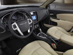 Four Stars for Safety from NHTSA to Chrysler 200 of 2014 pic #2847