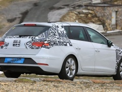 New generation for Seat Leon prepared for 2019