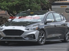 The new Ford Focus ST is being tested in the USA