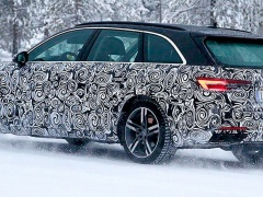 First tests of the updated Audi A4 Avant Wagon were held on snowy roads