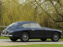 DB2 Vantage Saloon photo #105561