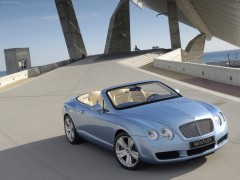 Bentley Continental GTC pic
