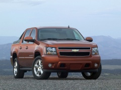 Chevrolet Avalanche pic