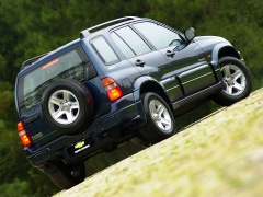 chevrolet tracker pic #7624