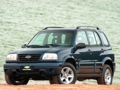 chevrolet tracker pic #7629