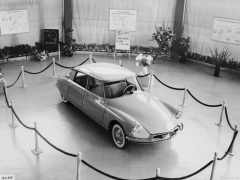 Citroen DS19 pic