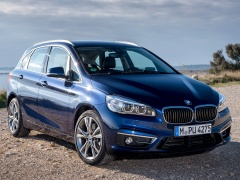 BMW 2-Series Active Tourer xDrive pic