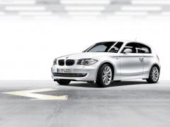 BMW 1-series 3-door E81 pic