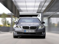 BMW 5-series F10 pic
