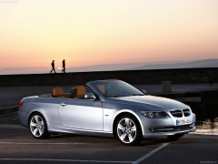 bmw 3-series e93 convertible pic #70705