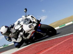 BMW S1000RR pic