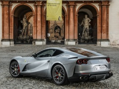 812 Superfast photo #189015