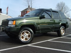 Jeep Grand Cherokee Orvis pic