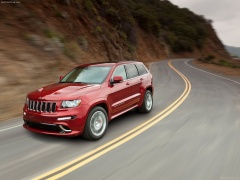 Grand Cherokee SRT-8 photo #80085