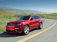 Grand Cherokee SRT-8 photo #80086