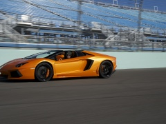 Aventador LP 700-4 Roadster photo #109633