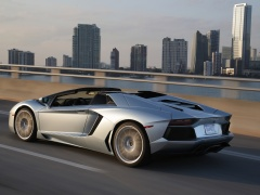 Aventador LP 700-4 Roadster photo #109646