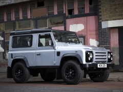 Land Rover Defender X-Tech pic